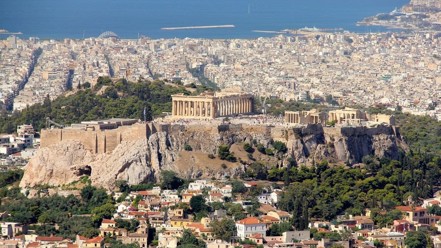 Greeks slam Bavarian minister for joking that Greece should still be under German rule