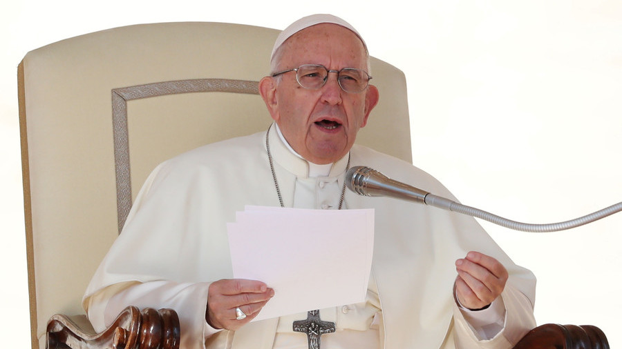 Pope Francis compares abortion to 'hiring contract killer