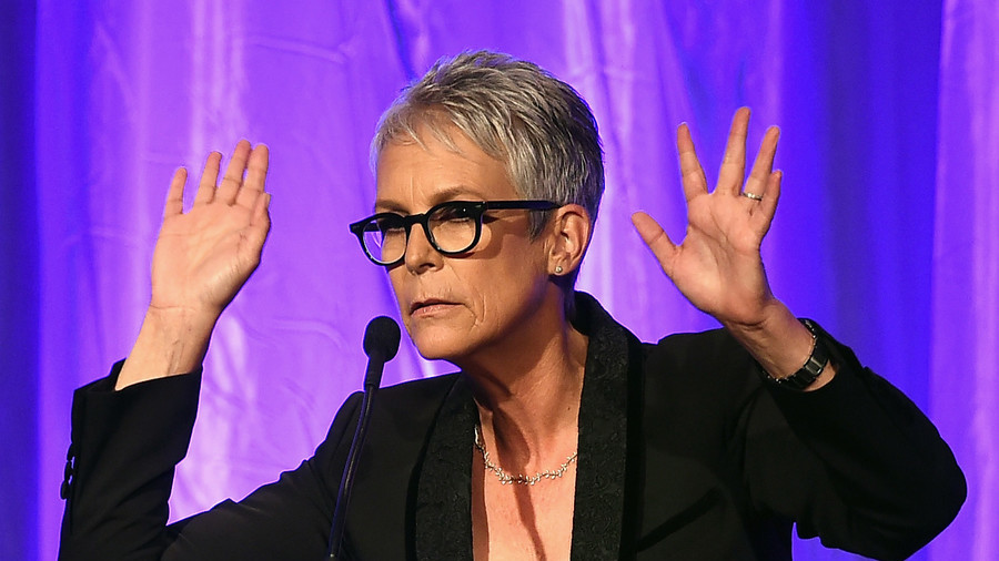 Jamie Lee Curtis claps back at Fox News' misguided tweets on guns