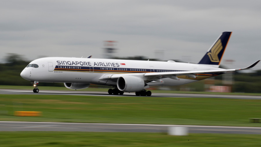 World's longest non-stop flight arrives in US from Singapore