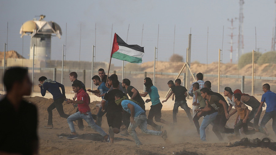 Israel halts fuel deliveries into Gaza amid deadly clashes with Palestinian protesters (VIDEO)