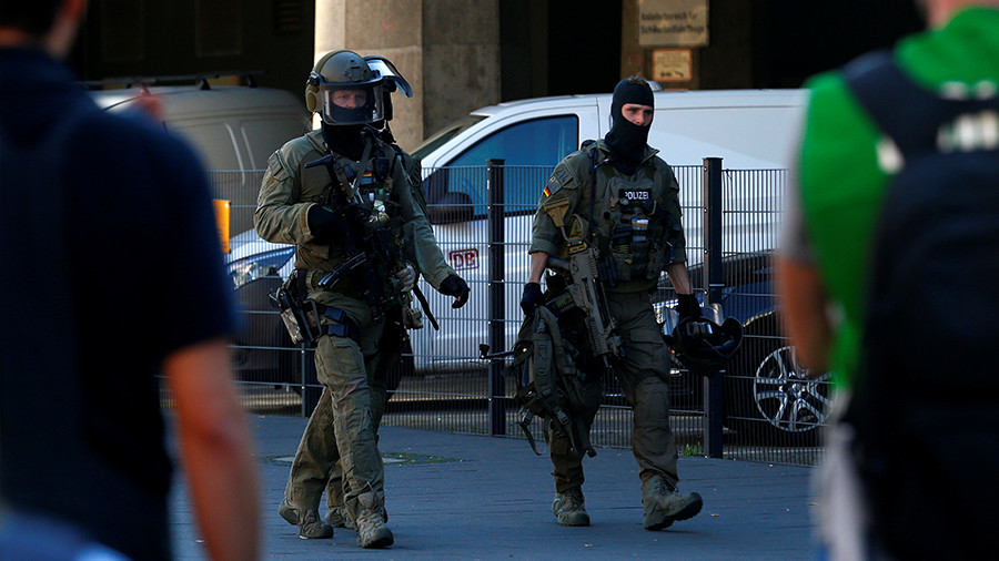 Cologne hostage taker 'under control,' one woman slightly injured (PHOTOS)