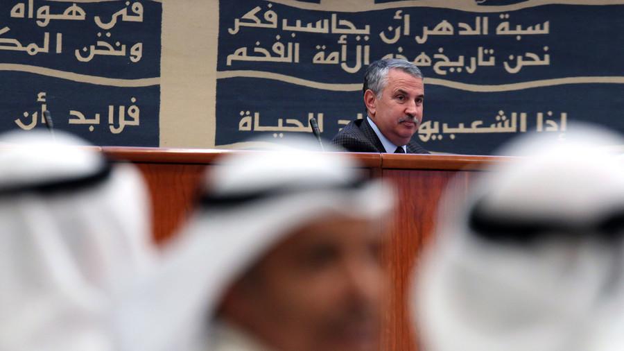 NYT columnist gets Twitter-skewered after defending his honeyed flattery of Saudi Arabia (VIDEO)