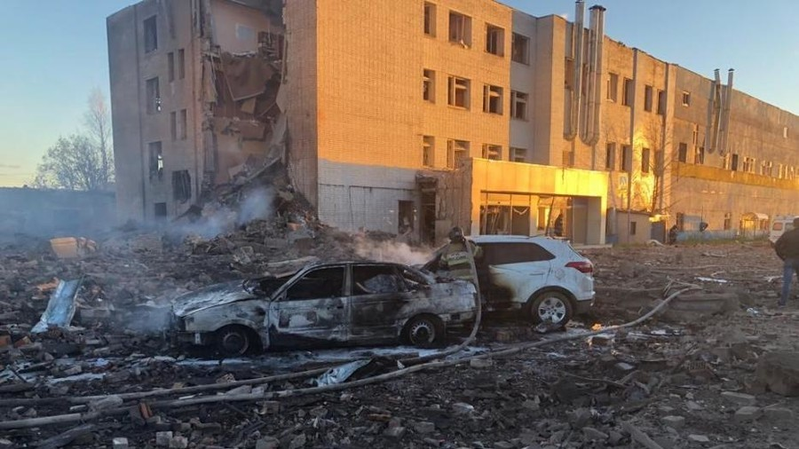 At least 2 dead, child 'trapped' as huge explosion devastates fireworks factory near St. Petersburg