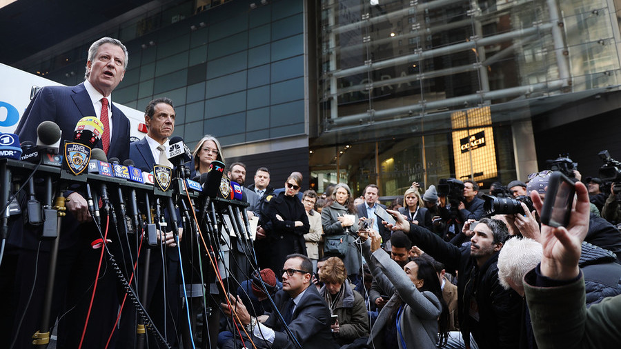 Mailed explosives 'an act of terror' - NYC Mayor