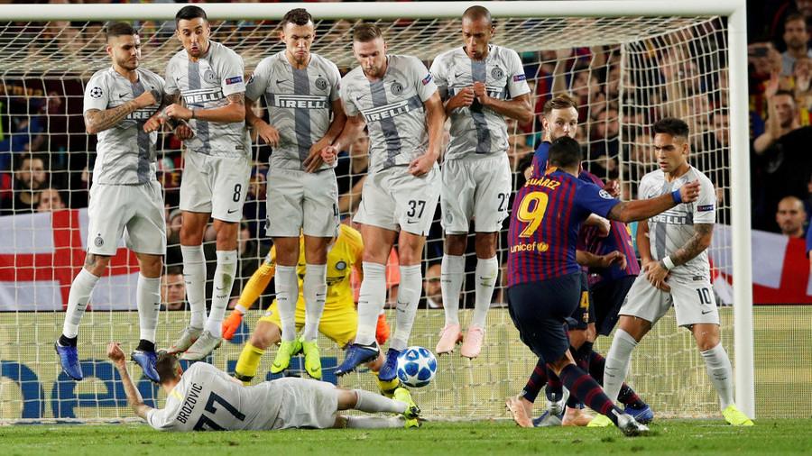 Flat out: Inter star Brozovic makes bizarre block from Suarez free-kick – Messi's amused (VIDEO)