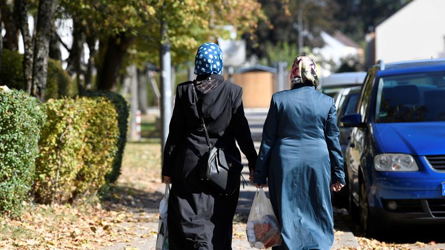 Horrifying footage emerges of sinkhole swallowing two women in Turkey