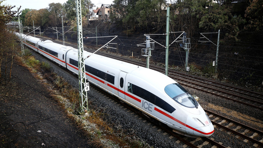 Stopped in their tracks: German & Belgian commuters delayed after wannabe thief cuts train cables