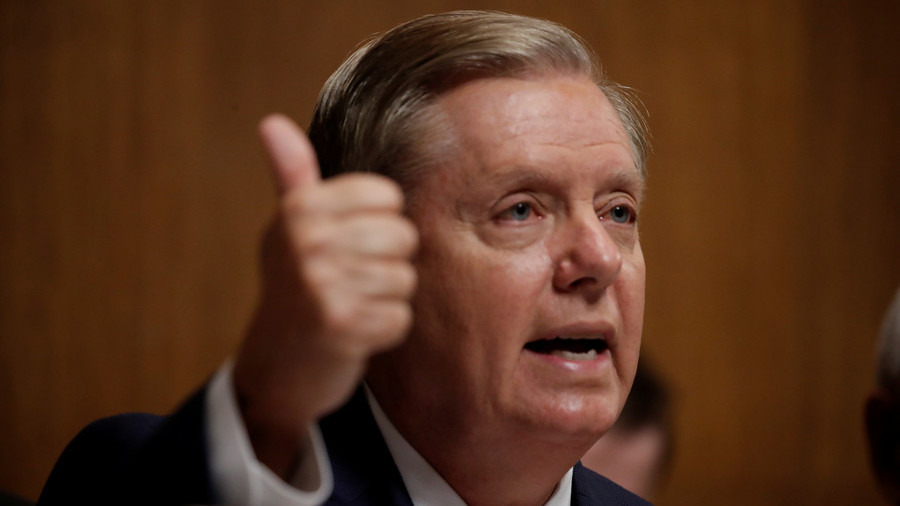 Graham to introduce legislation backing Trump plan to end 'absurd policy' of birthright citizenship
