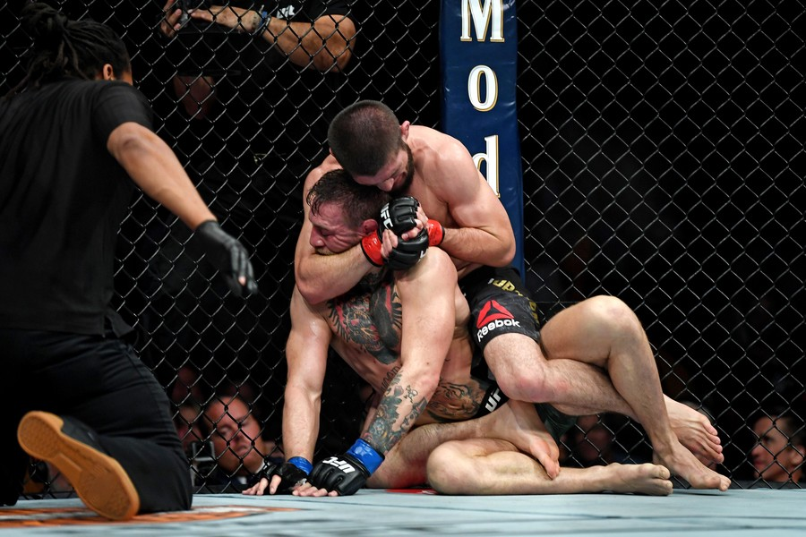 Khabib Nurmagomedov submits Conor McGregor at UFC 229 (PHOTOS)