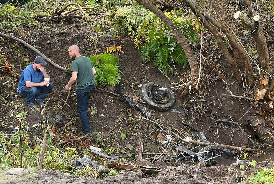 New York fatal limo crash: Company ran by FBI informant had unsafe limo & wrong license