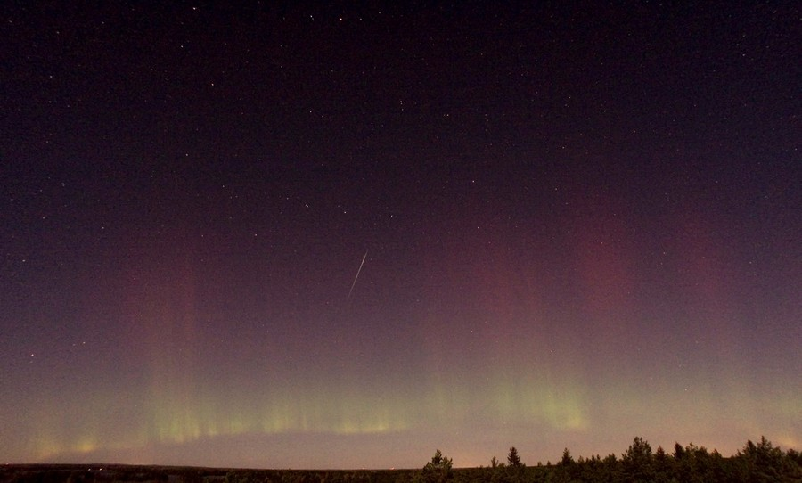 Draconids 'dragon meteor shower' blaze across Russia & US skies (PHOTOS)