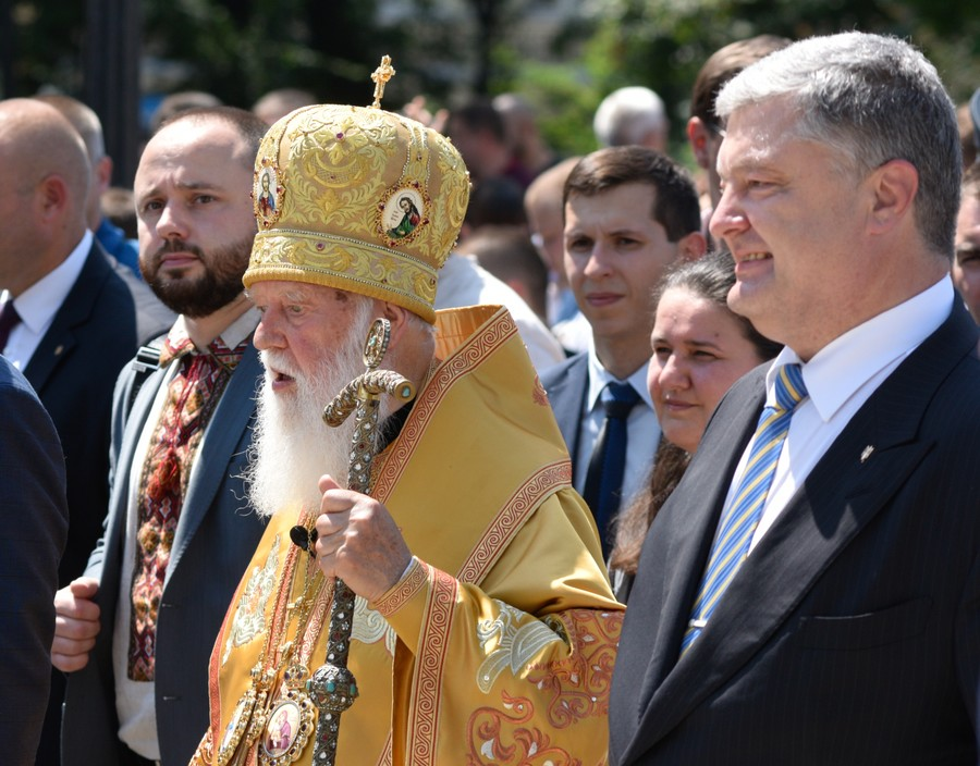 Ukraine achieves approval to split from Russian Orthodox church