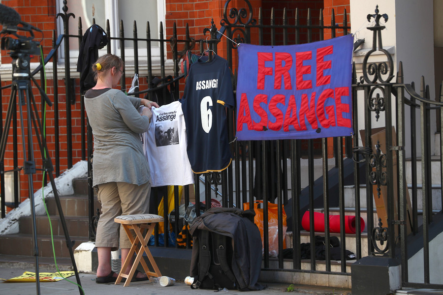 Ecuador restores Assange's communications after 7-month blackout – WikiLeaks