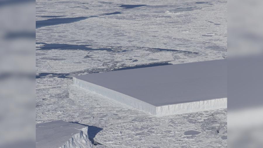 NASA's sea ice survey captures bizarre, perfectly rectangular iceberg (PHOTO)