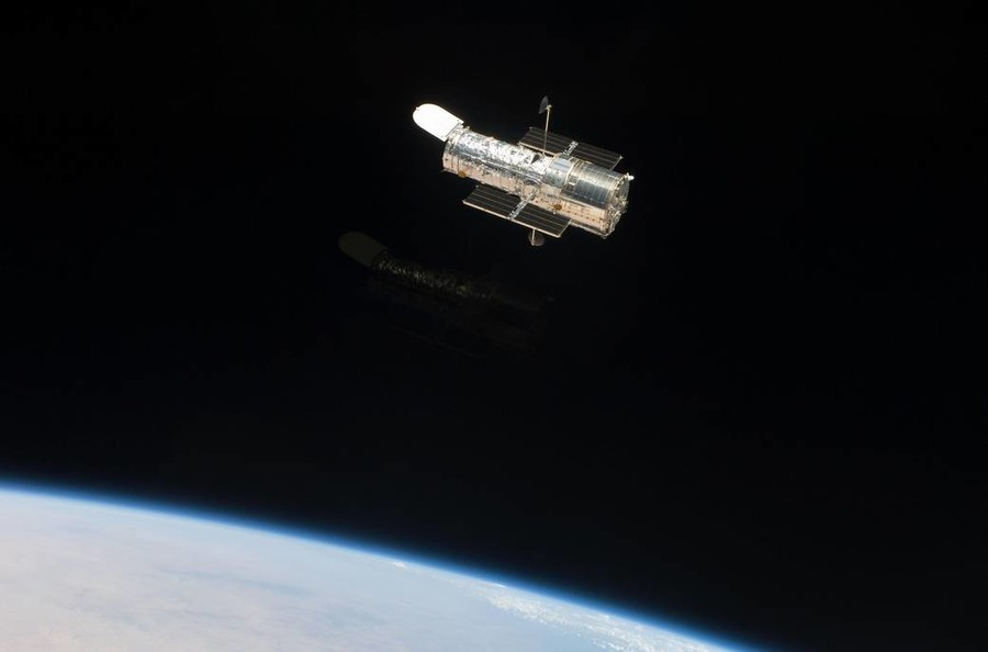 It lives! Hubble Space Telescope reawakens after breakdown