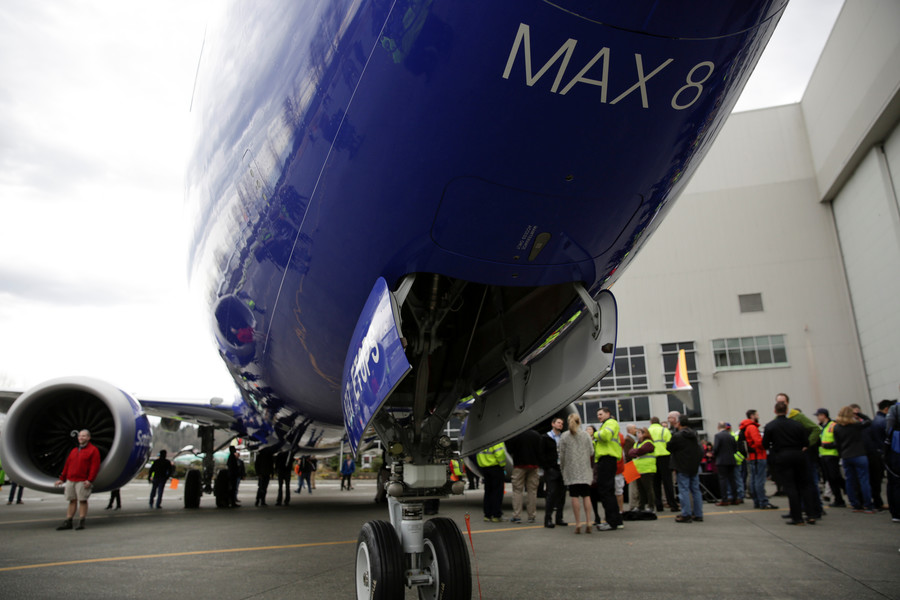 Boeing 737 MAX 8 suffers its 1st deadly crash. What do we know about the jet?