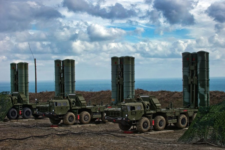 Dollars declined: India to pay for Russian air defense system in rubles