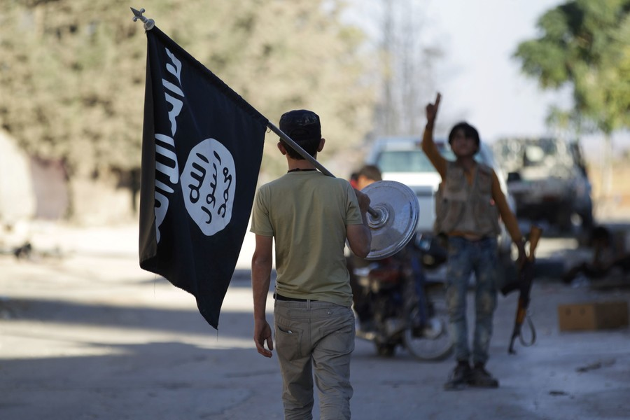 Islamic State revival? 'Decimated' terror group ambushes US-backed forces in Syria (VIDEO)