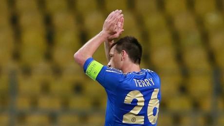 Russian footballer scores incredible 'backflip' penalty (VIDEO)