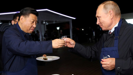 As Russia pivots to the east, trade with China is booming