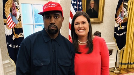 Sarah Sanders' photo with Kanye is illegal, DC ethics group says