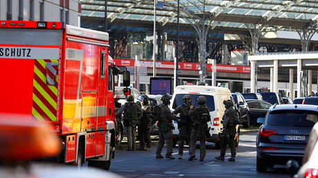 Hostage situation near Cologne main train station – police