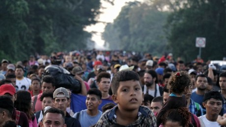 Republicans & Democrats may bark and bite, but the migrant caravan moves on