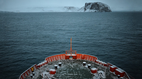 Russian Arctic sea route shipping more than quadruples in 5 years