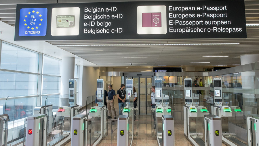 Coming to a checkpoint near EU: Trials of AI lie-detector border guard underway in three EU states