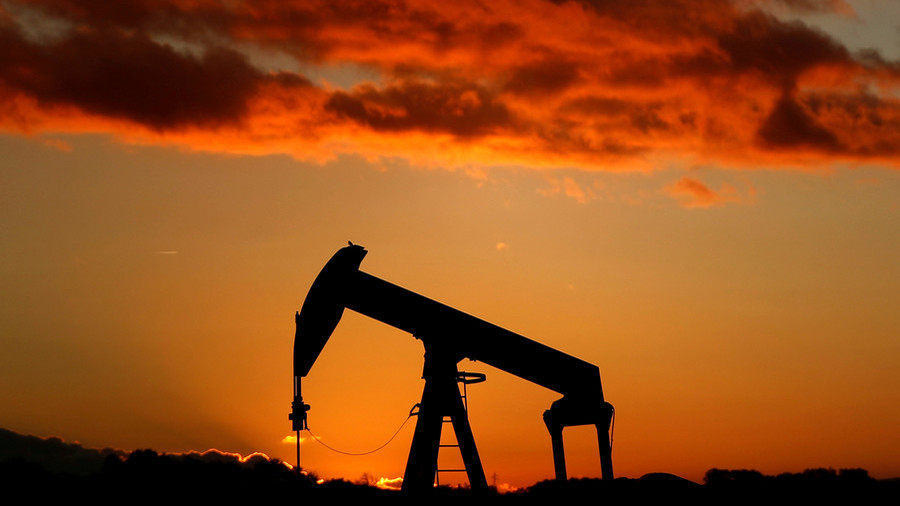 US and OPEC flood oil market ahead of midterms