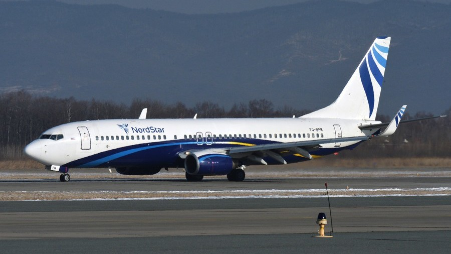 Russian Boeing 737 conducts emergency landing in Siberia due to crack in its windshield