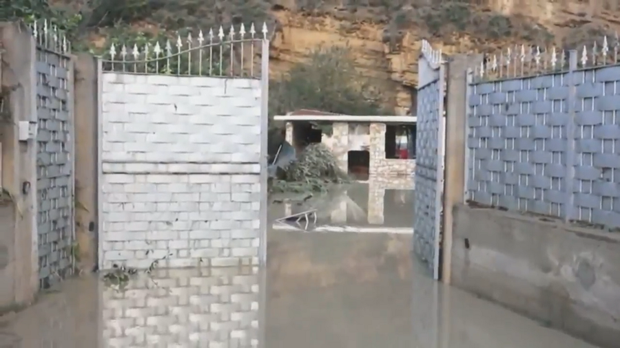 At least 10 dead in Sicily as Italy's struck by worst flooding in decades