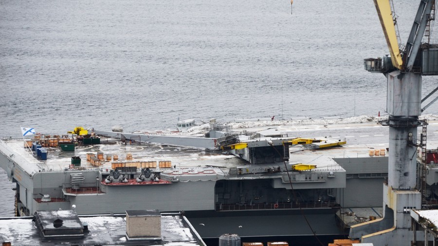 Collapsed dock crane pictured on Russian aircraft carrier after maintenance incident (PHOTOS)