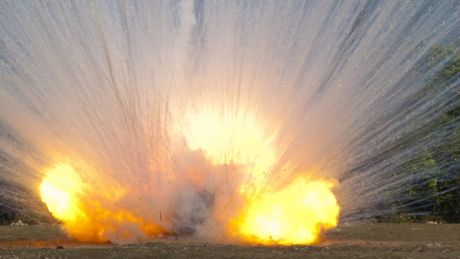 US-led coalition bombs Syrian town with banned white phosphorus munitions – state media
