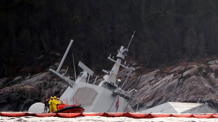 NATO drills fallout: Norwegian frigate almost underwater after oil tanker collision (PHOTOS)
