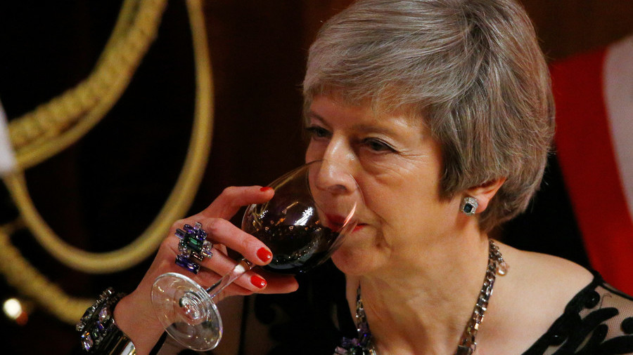 Brexit deal 'agreed' with EU: UK ministers set to arrive at No 10. for May meeting