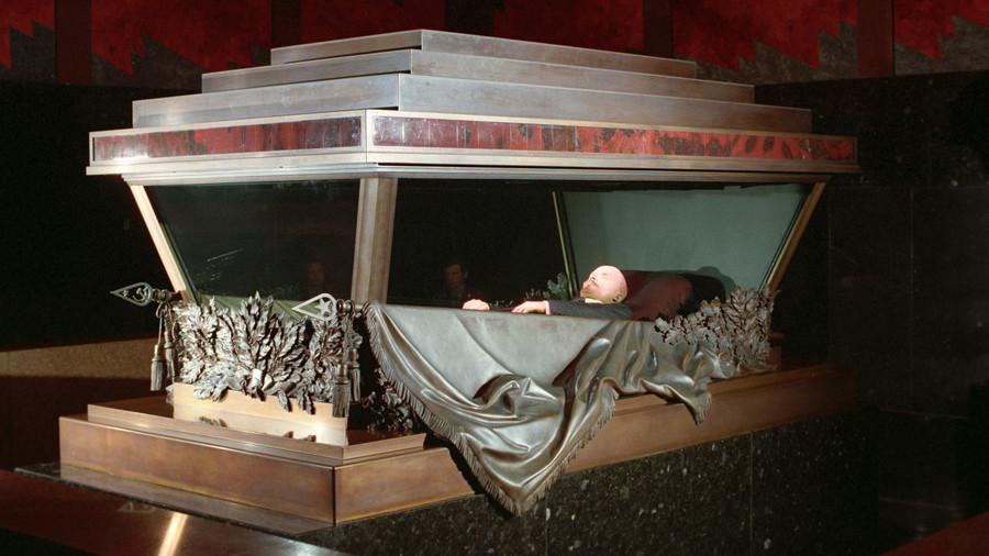 Rubber doll or wax figure? New idea to 'replace' Lenin's body in mausoleum sparks communist outrage