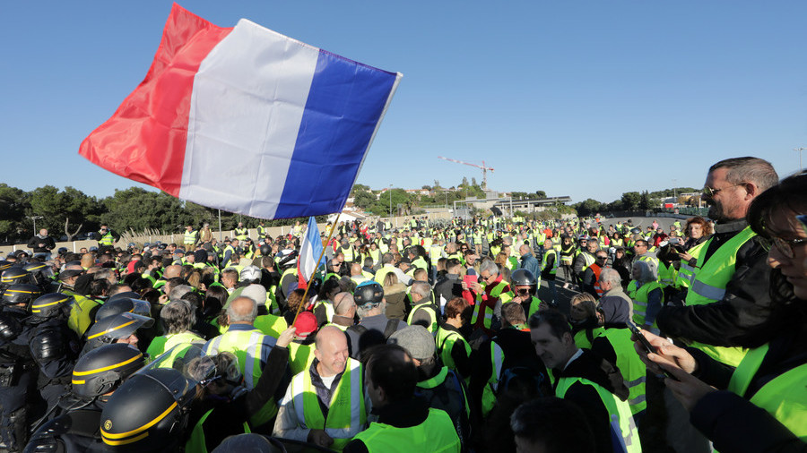 1 dead, dozens injured as over 200 thousand protest rising fuel prices across France