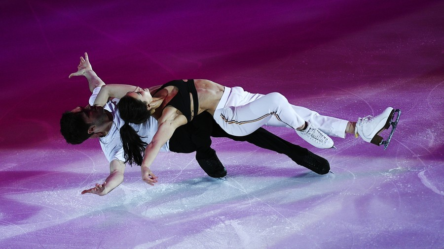 Tuktik challenge accepted? Another Russian figure skater strips on ice