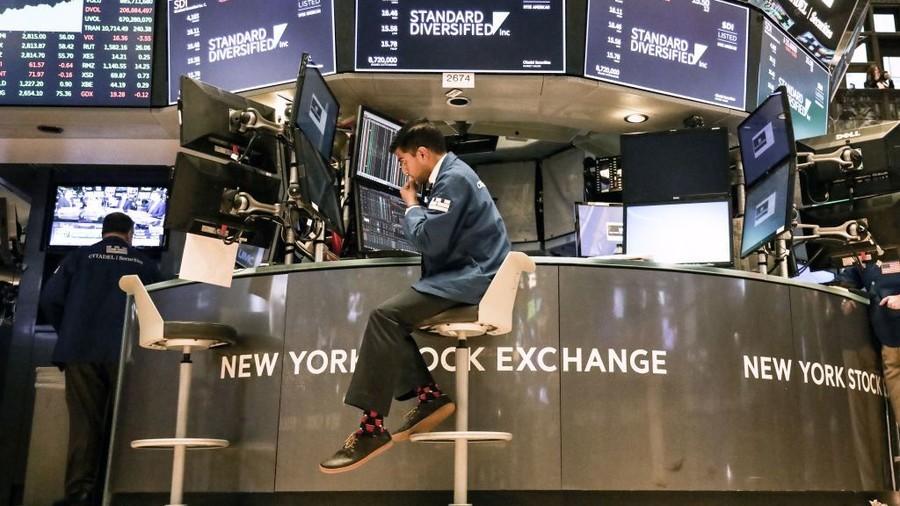 Market mayhem: Dow down 550 points, tech wrecked, losing over $1tn in value