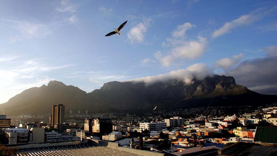 Russia & South Africa look to corner platinum metals market