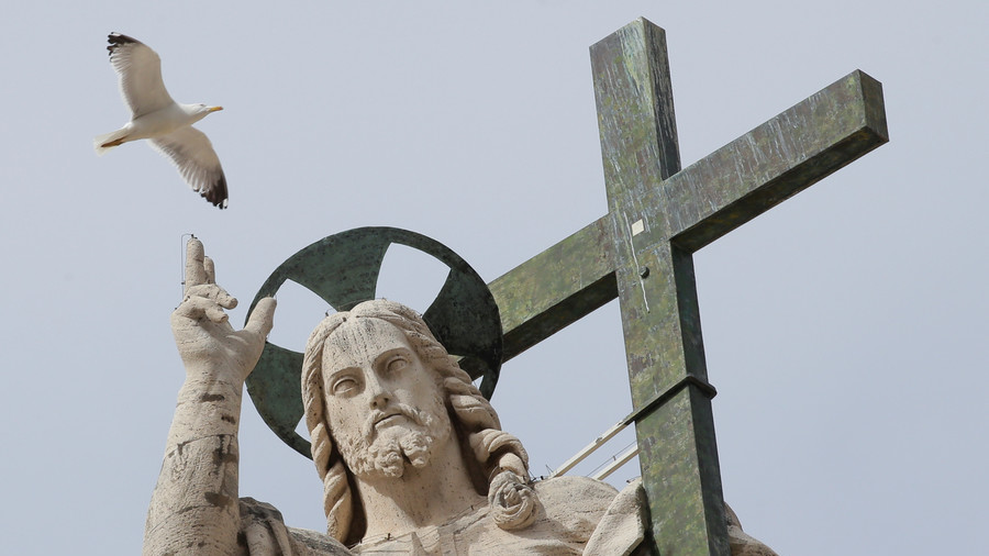 Pakistani PM claims Jesus 'had no mention in history', Twitterati don't turn the other cheek