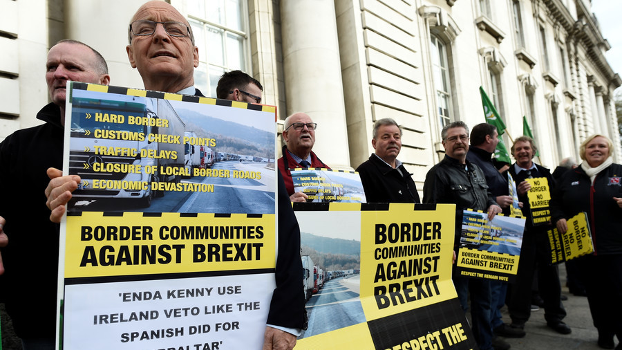 Brexit's Irish border debate is 'trap laid out by EU negotiators' – MEP to RT