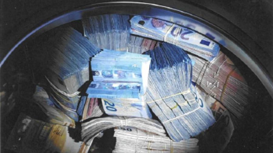 Dirty money? $400,000 of laundered money found inside washing machine