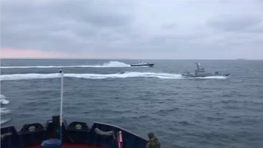 WATCH Russian ship ram into Ukrainian vessel violating territorial waters