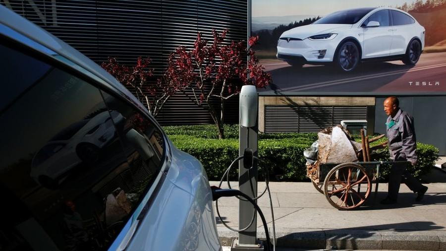 Tesla sales in China plummet 70% as Sino-US trade war drags on