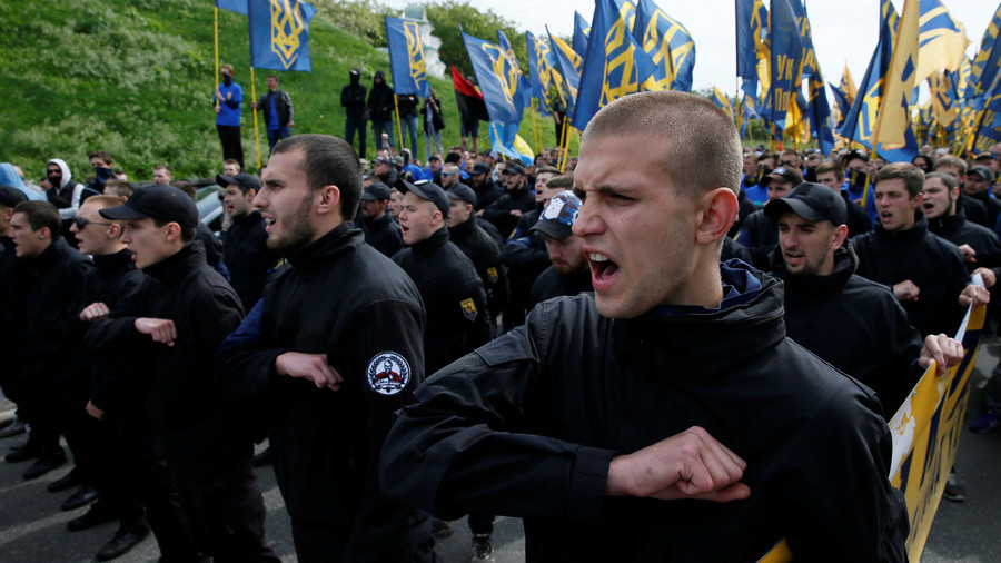 Ex-ambassador McFaul sees no evidence that Ukraine's govt. supports neo-Nazis