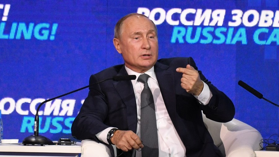 'Kiev would get away even with eating babies': Putin says Kerch Strait standoff is a provocation