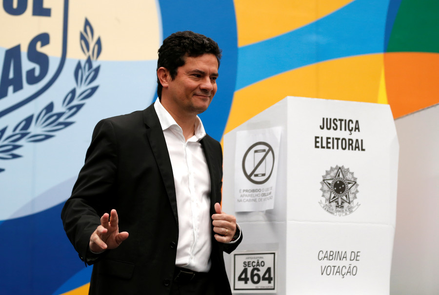 Bolsonaro gives top justice role to judge who jailed his rival Lula, sparking outrage
